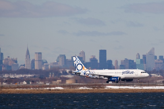 Discount airline JetBlue Airways announced Wednesday it plans to fly nonstop to Charleston starting in February. (Christopher Parypa / Shutterstock.com)