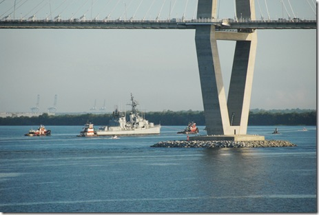 The USS Laffey travels up the Cooper River to undergo repairs. (Photo/Leslie Halpern)
